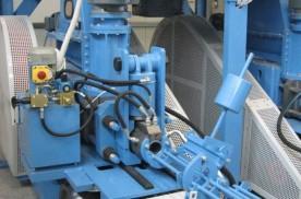 Szalmabrikett gyártó gépsor eleme a brikettprés