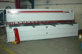 Baykal HGL 3700x6  Hidraulikus táblalemez olló