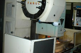 TH 5632 / Fanuc vertical CNC machinery center