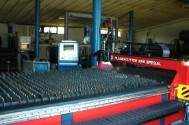 VUZ 3015  plazmavágógép, plazmavágás - Brunner Kft.
