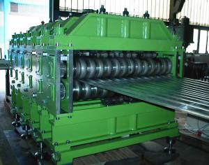 egyedi lemezhullámosítógép gyártás