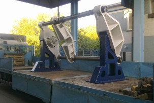 Railway wheel up and down stamping press